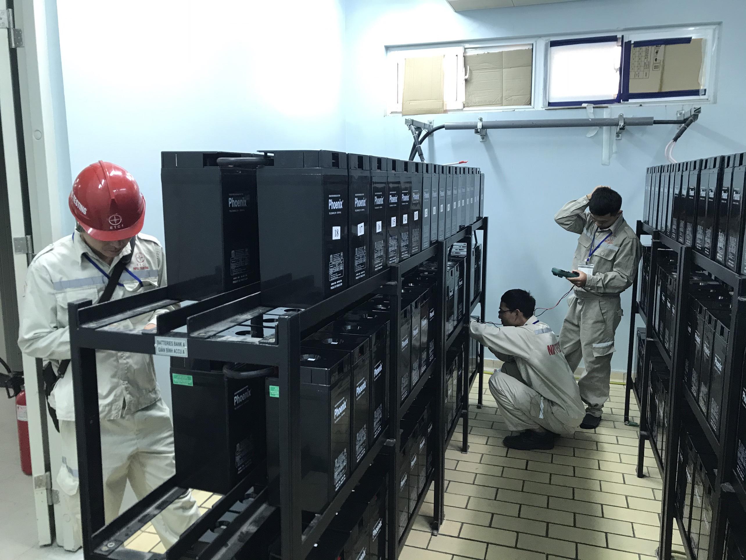 Thí nghiệm xả nạp hệ thống ắc quy 220v DC